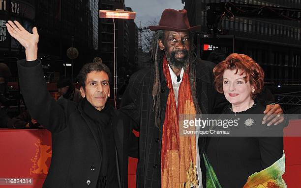 Director Rachid Bouchareb actor Sotigui Kouyate and actress Brenda Blethyn attend the 'London River' premiere during the 59th Berlin International...