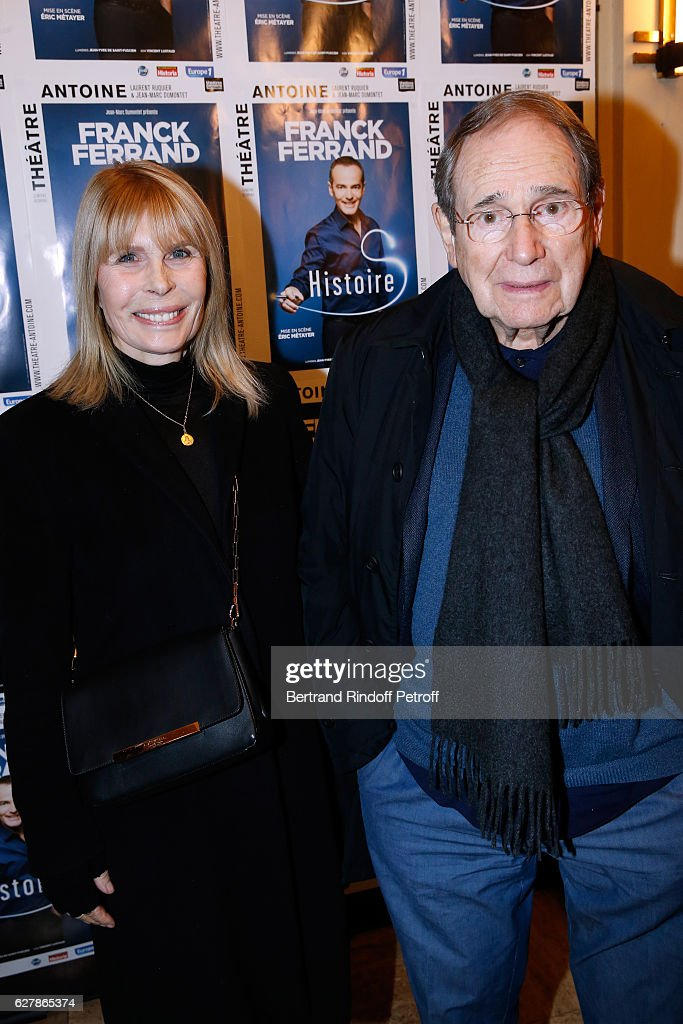 Director Robert Hossein and his wife Candice Patou attend Franck Ferrand performs in his Show 'Histoires' at Theatre Antoine on December 5, 2016 in Paris, France.