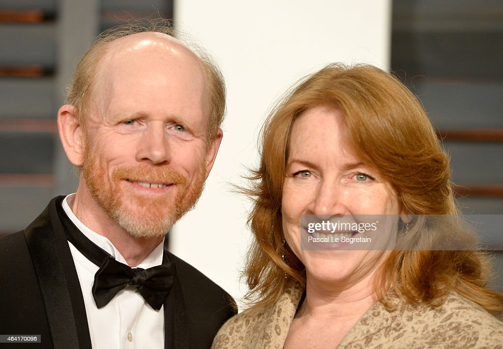 Director Ron Howard (L) and actress Cheryl Howard attend the 2015 Vanity Fair Oscar Party hosted by Graydon Carter at Wallis Annenberg Center for the Performing Arts on February 22, 2015 in Beverly Hills, California.