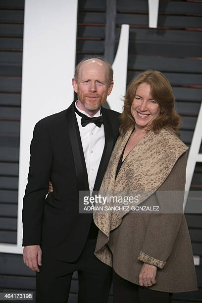 Director Ron Howard and wife Cheryl Howard arrive for the 2015 Vanity Fair Oscar Party February 22, 2015 in Beverly Hills, California. AFP...