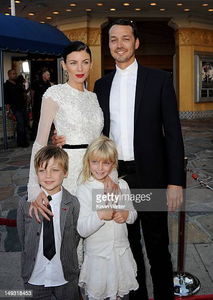 Director Rupert Sanders his wife Liberty Ross and their children Tennyson Sanders and Skyla Sanders arrive at a screening of Universal Pictures'...
