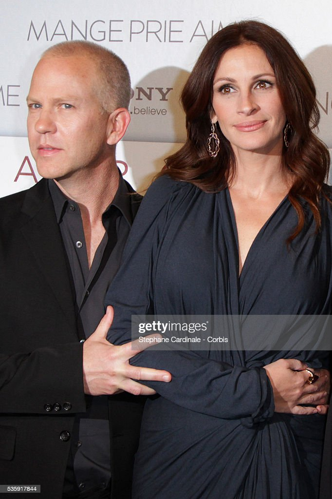 Director Ryan Murphy and Actress Julia Roberts attend the premiere of 'Eat Pray Love' in Paris.