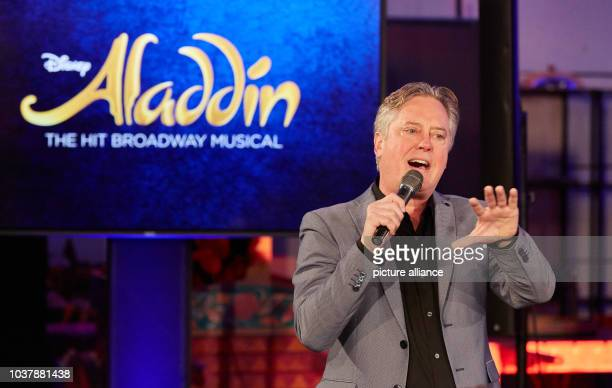 Director Scott Taylor speaks during rehearsal for the musical 'Aladdin' at the Stage Theater Neue Flora in Hamburg Germany 12 October 2015 The...