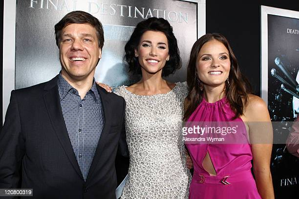 Director Steven Quale Jacqueline Macinnes Wood and Ellen Wroe arrives at The Final Destination 5 Los Angeles Premiere Red Carpet on August 10 2011 in...