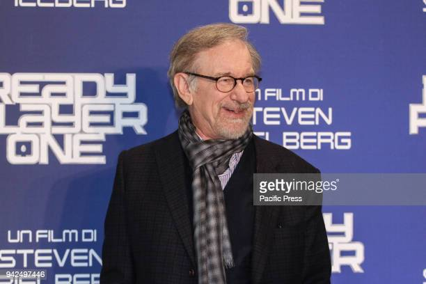 US director Steven Spielberg poses during a photocall ahead of the premiere of his last movie 'Ready Player One'