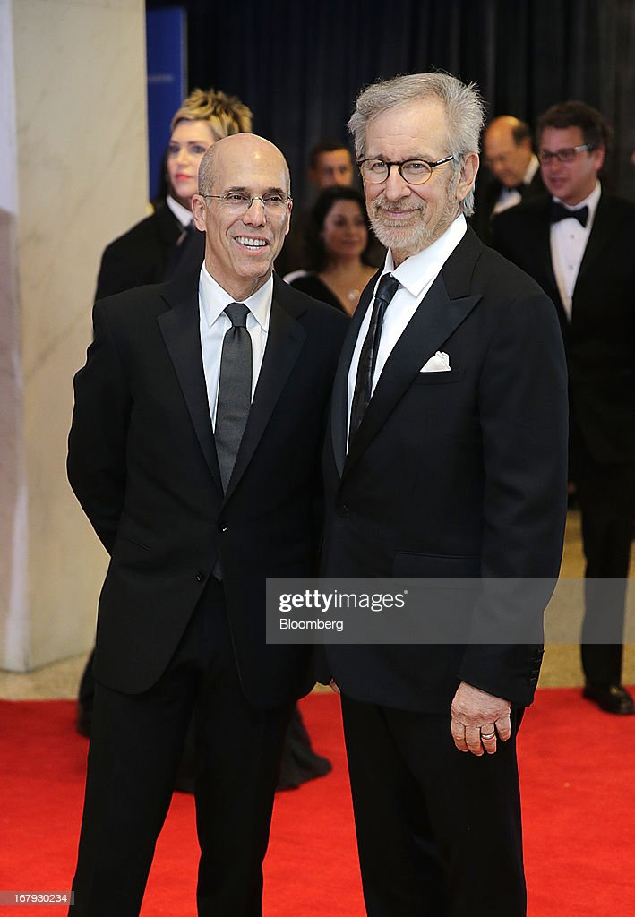 Director Steven Spielberg, right, and Jeffrey Katzenberg, chief executive officer of DreamWorks Animation, arrive for the White House Correspondents' Association (WHCA) dinner in Washington, D.C., U.S., on Saturday, April 27, 2013. The 99th annual dinner raises money for WHCA scholarships and honors the recipients of the organization's journalism awards. Photographer: Scott Eells/Bloomberg via Getty Images