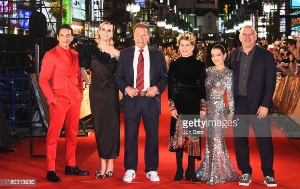 Director Tim Miller Natalia Reyes Linda Hamilton Arnold Schwarzenegger Mackenzie Davis and Gabriel Luna attend the Japan premiere of 'Terminator Dark...