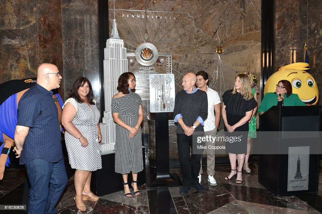 Empire State Building Lighting With Cast Of The Emoji Movie, Girls Who Code And Oath For Good For World Emoji Day