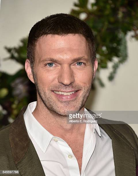 Director Travis Knight attends a photo call for Forcus Features' Kubo And The Two Strings at The Four Seasons Hotel Los Angeles at Beverly Hills on...