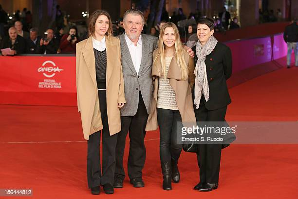 Director Walter Hill with wife Hildy Gottlieb and daughters Jo and Miranda Hill on the red carpet during the 7th Rome Film Festival at the Auditorium...