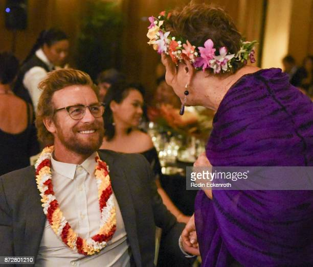 Director/actor Simon Baker talks at the 37th Annual Hawaii International Film Festival Gala presented by Halekulani on November 10 2017 in Honolulu...