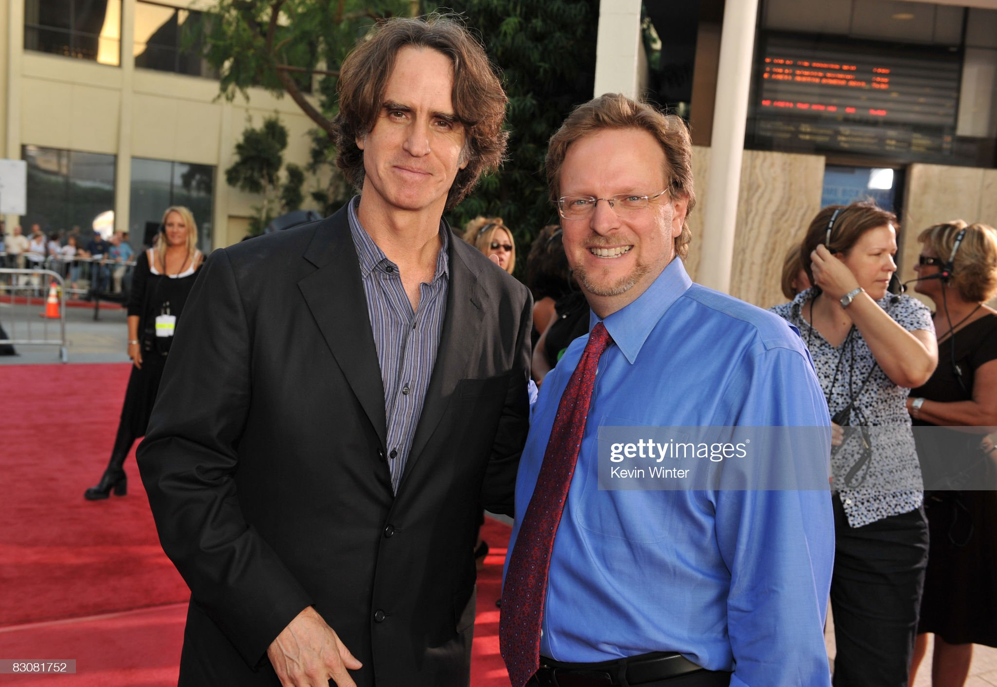 ¿Cuánto mide Bob Gazzale? - Real height Directorproducer-jay-roach-and-president-ceo-afi-bob-gazzale-arrive-picture-id83081752?s=2048x2048
