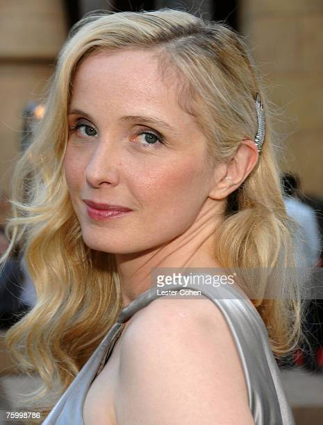 Director/writer Julie Delpy arrives to the 2 Days in Paris Los Angeles premiere at the Egyptian Theater on August 6 2007 in Hollywood California
