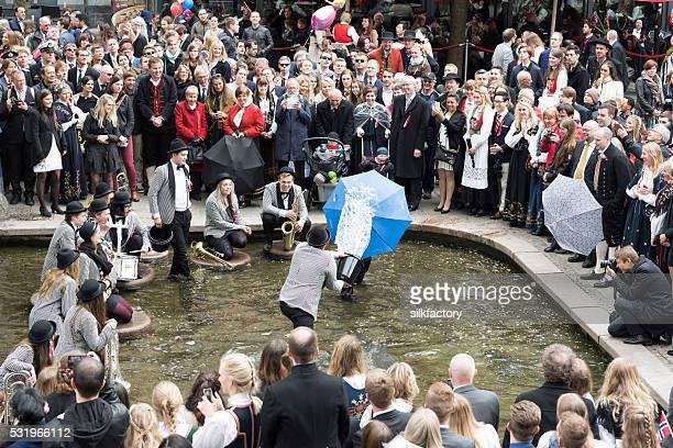 Direksjonsmusikken Band entertains crowd of people on Norwegian National Day