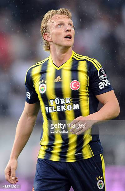 Dirk Kuyt of Fenerbahce SK in action during the Turkish Super League match between Besiktas and Fenerbahce at the Ataturk Olympic Stadium on April 20...