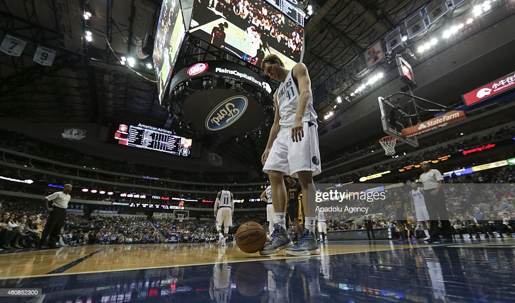 Dirk Nowitzki #41 of the Dallas Mavericks in action against the Los Angeles Lakers during a basketball match on December 26, 2014 at the American Airlines Center in Dallas, Texas.