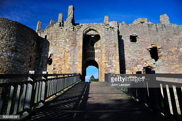 Dirleton Castle lies around 2 miles west of North Berwick, and around 19 miles east of Edinburgh.