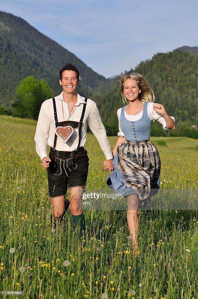 Costume bavarois été de l'Amour : Photo