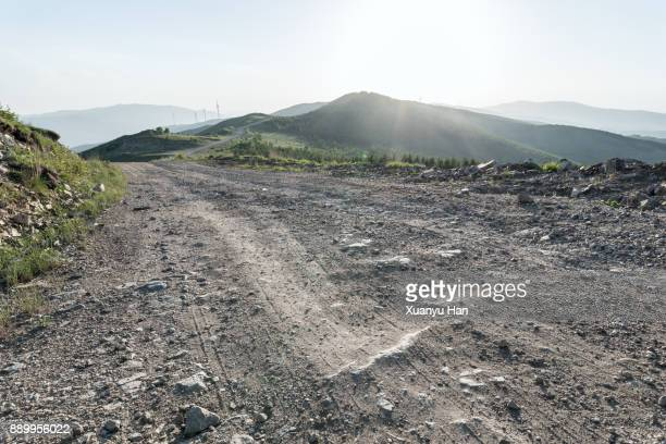 dirt track through raggeds wilderness area - 未舗装 ストックフォトと画像