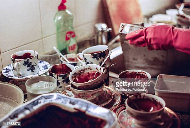 dirty dishes - fotógrafo stock photos and pictures