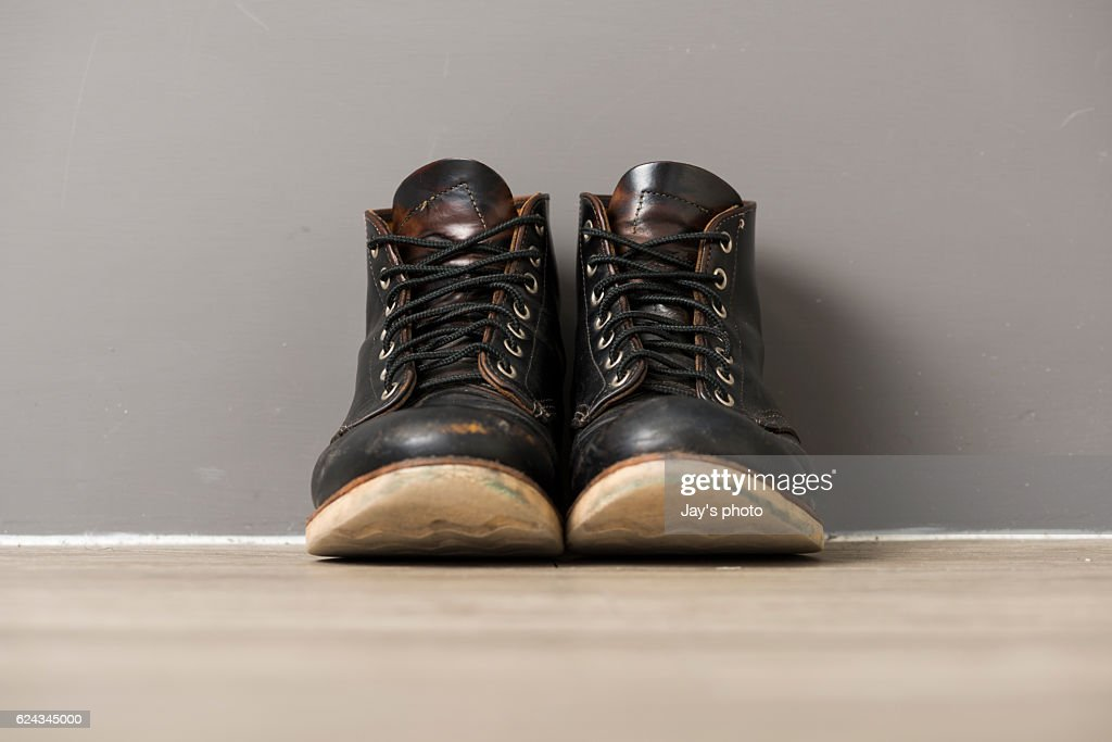 Dirty old boot : Stock Photo