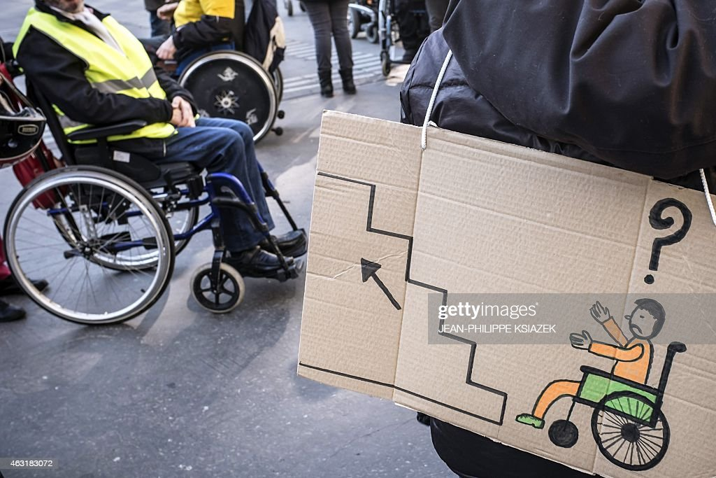 FRANCE-DISABLED-PROTEST : News Photo