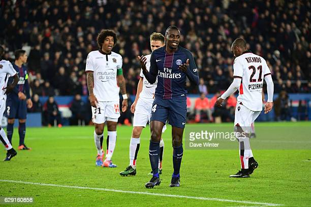 Disappointment for Blaise Matuidi of PSG as he shoots wide during the French Ligue 1 match between Paris Saint Germain and Nice at Parc des Princes...