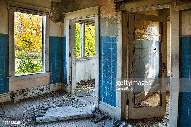 Desastre dañado, sean destruidas, abandonó su hogar lejos del hogar
