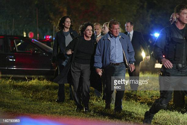 WING 'Disaster Relief' Episode 6 Aired Pictured Stockard Channing as Abbey Bartlet Martin Sheen as President Josiah 'Jed' Bartlet Photo by NBCU Photo...