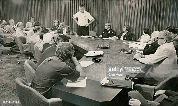 AUG 14 1975 AUG 15 1975 Disasteroperations Representatives discuss aftermath of Stapleton Crash We need a better system of communication to sort out...