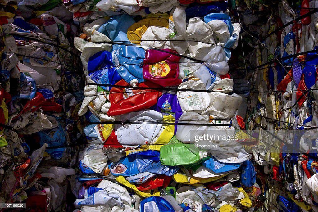 Recycling Operations At Material Recovery Facility : News Photo