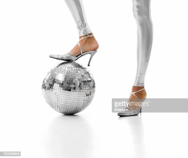 Disco ball und Beine