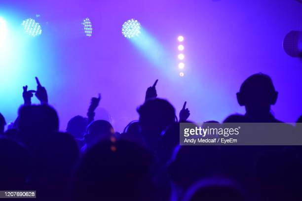 disco lights - popular music concert stock pictures, royalty-free photos & images