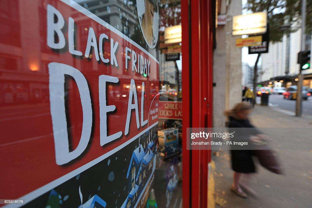 Black Friday preparations : News Photo