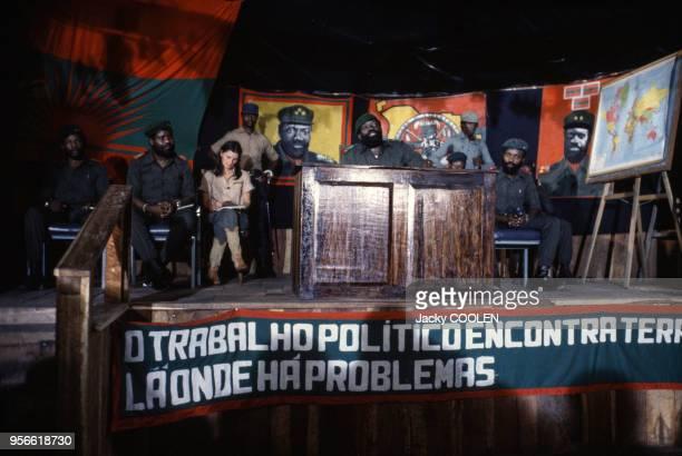 Discours de Jonas Savimbi lors d'un congrès de l'UNITA en février 1985 en Angola