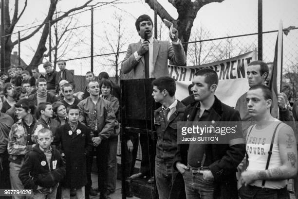 Discours de Michael Mc Laughlin leader du 'British Movement' partie d'extrême droite anglais lors d'une manifestation à londres le 26 novembre 1980...