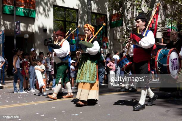 Discovering Argentina - Carrusel Vendimial parade, Vendimia festival, Mendoza
