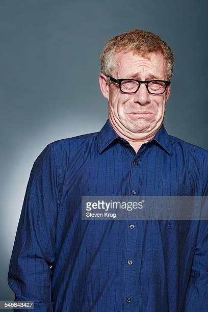 disgusted man - afkeer stockfoto's en -beelden