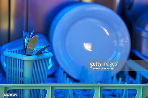 dishwasher - ausrüstung und geräte stock pictures, royalty-free photos & images
