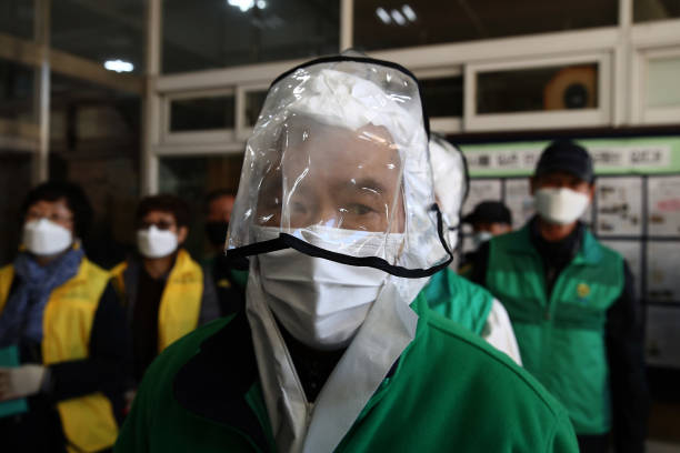 KOR: Authorities Disinfect Schools Ahead Of Exams