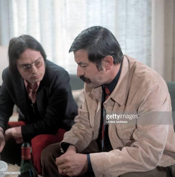 Diskutieren über Literatur: Die Autoren WOLF WONDRATSCHEK und GÜNTER GRASS, Aufzeichnung im ZDF, April 1970.