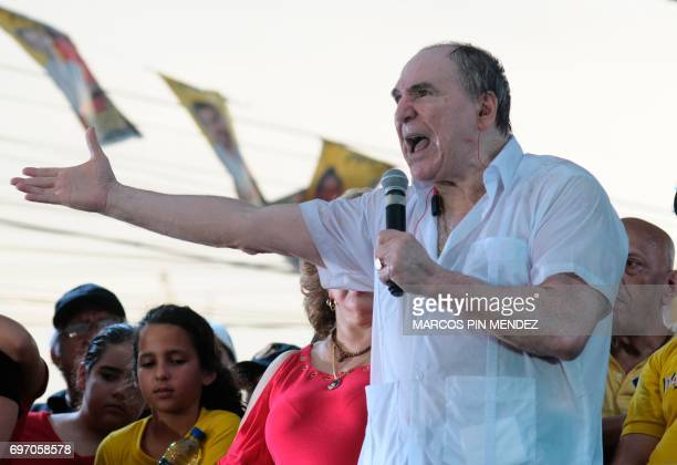 Dismissed Ecuadorean President Abdala Bucaram Speaks During A Political Rally After 20 Years Of Exile In