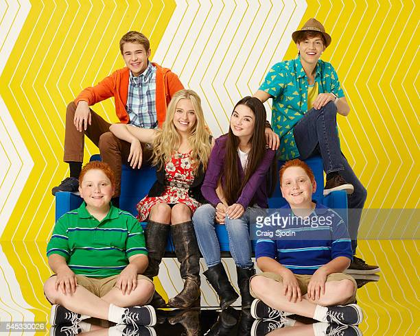 """Disney Channel's """"Best Friends Whenever"""" stars Matthew Royer as Chet, Gus Kamp as Barry, Lauren Taylor as Shelby, Landry Bender as Cyd, Ricky Garcia..."""