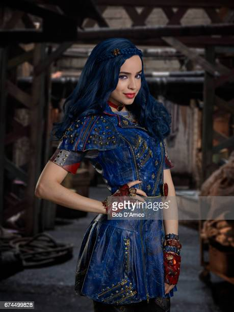 DESCENDANTS 2 Disney Channel's original movie 'Descendants 2' stars Sofia Carson as Evie