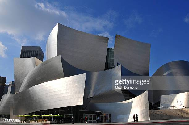 disney concert hall - walt disney concert hall stock pictures, royalty-free photos & images