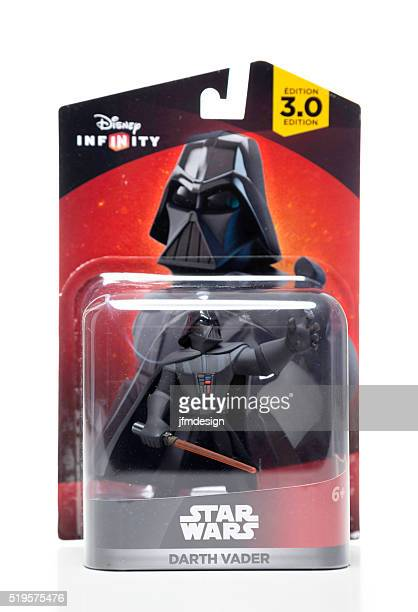 Disney Infinity Star Wars Darth Vader Super Hero packaging