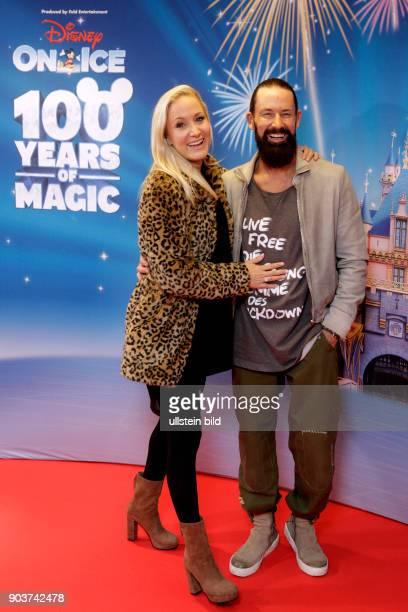 Disney on Ice 100 Jahre voller Zauber gastiert vom 04 bis 06 November 2016 mit sechs Shows in der LanxessArena Köln Disney On Ice 100 Jahre voller...