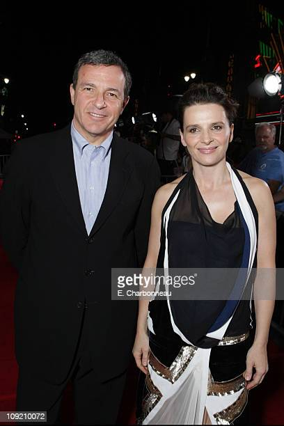 Disney's Bob Iger and Juliette Binoche at the World Premiere of Touchstone Pictures 'DAN IN REAL LIFE' at the El Capitan Theatre on October 24 2007...