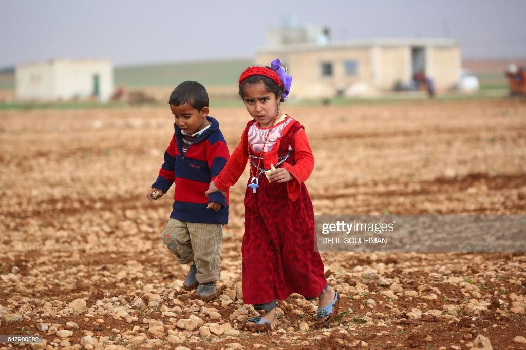 TOPSHOT-SYRIA-CONFLICT-REFUGEES : News Photo