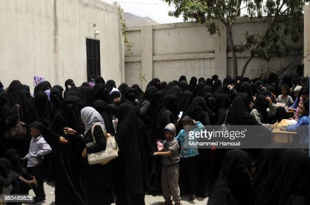 Displaced people who fled the war in Yemen's port city of Hodeida attend a school on 23 2018 in Sana'a Yemen